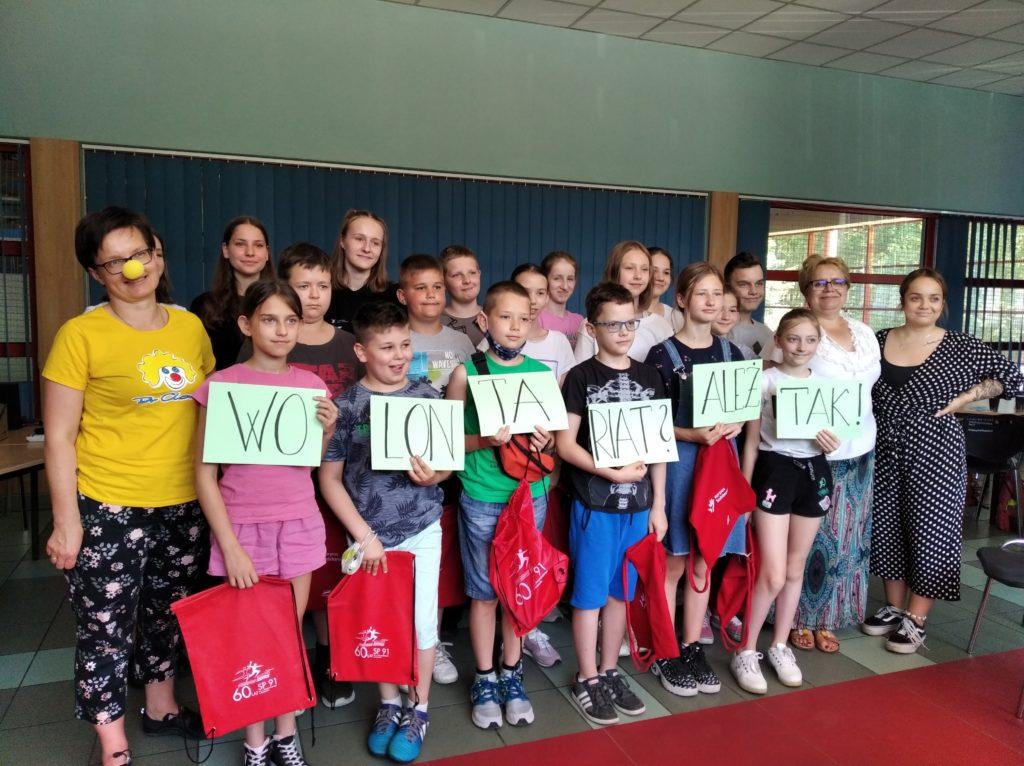 Zdjęcie grupy uczniów